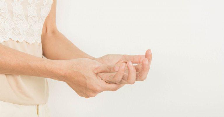 articulația degetului mare este inflamată și dureroasă cât doare o articulație ruptă