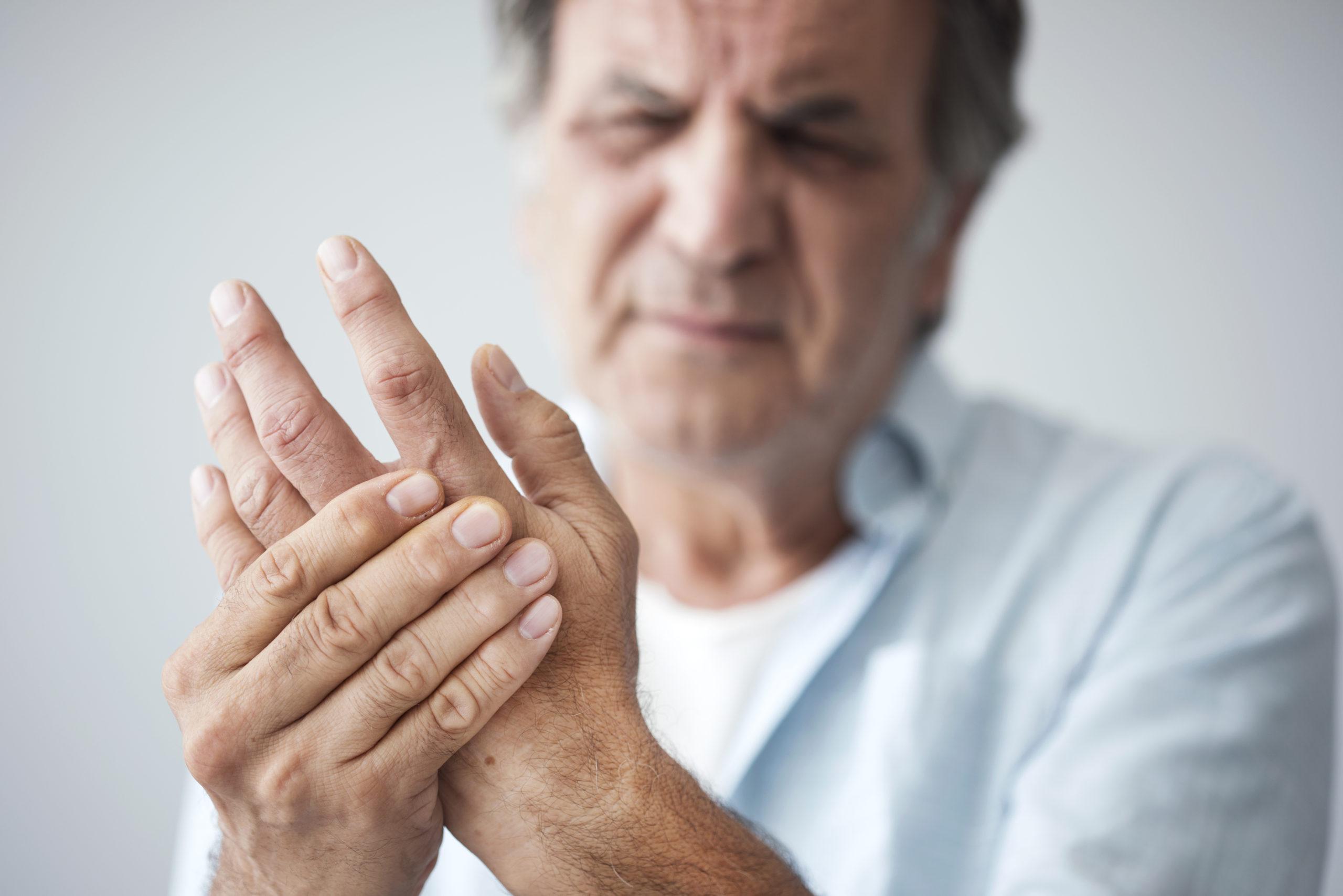 artrita articulațiilor degetelor recenzii de medicamente prim ajutor pentru dureri la nivelul articulațiilor picioarelor
