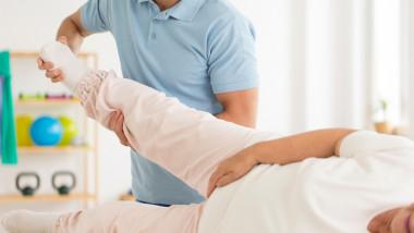 semne de boală de șold mașină de genunchi de artroză
