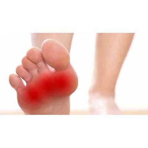 declin între degetele de la picioare