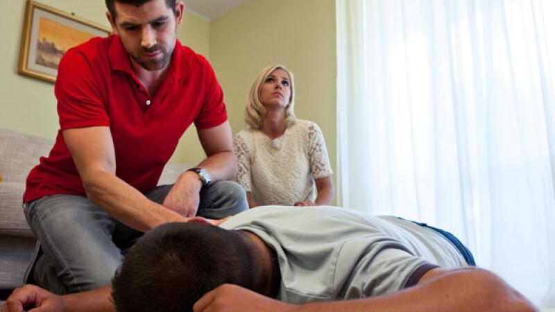 accident de genunchi de prim ajutor mănușă pentru artrita degetelor