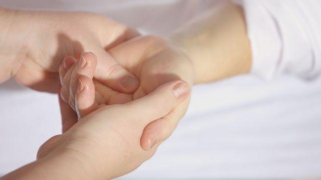 articulații mărite pe tratamentul degetelor istoric fractura cotului